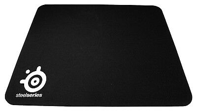 SteelSeries QcK Mini, Gaming Mouse Pad, 250mm x 200mm, Cloth, Rubber Base Matt