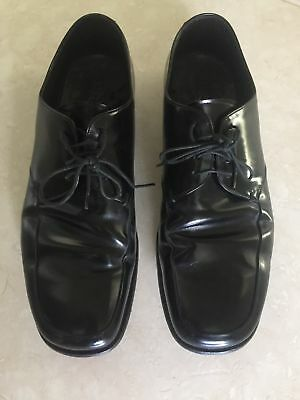 *** PRADA *** mens black leather oxfords dress shoes. Size 8