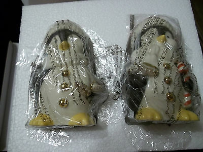 Lenox Chilly Chaps Penguins Salt & Pepper Set**NIB**