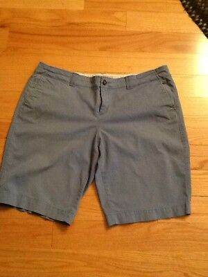 Womens Old Navy Low Rise Stretch Khaki Chino Shorts Size 14
