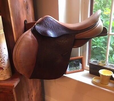 County Saddlery INNOVATION: Custom Made 17 W inches Deep Seat