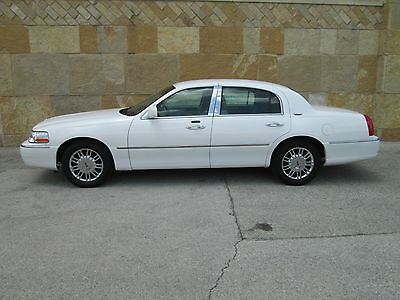 2010 Lincoln Town Car Signature Limited 2010 lincoln town car