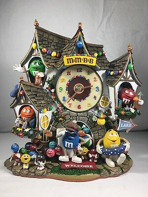 The Danbury Mint M&M's Bed and Breakfast B&B Collector's Clock