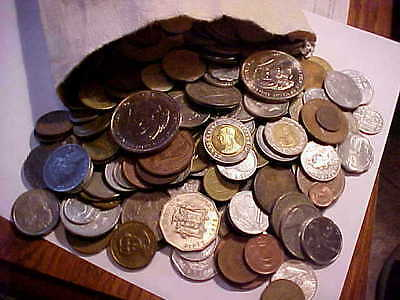 Large Bulk Lot of World Coins--(1) One Pound--more than 100 coins