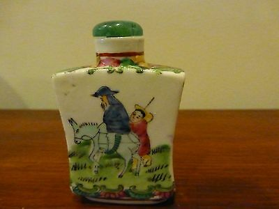 ANTIQUE PORCELAIN Handpainted SIGNED CHINESE SNUFF BOTTLE JADE CAP SPOON GOLD