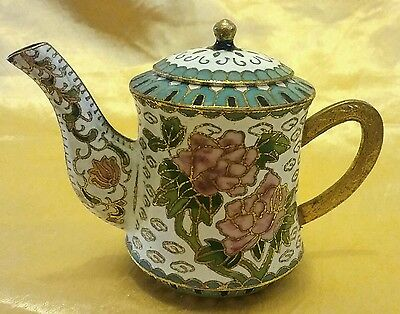 LOVELY CLOISONNE MINIATURE TEAPOT WITH PEONY ROSE DECORATION 7cm TALL EXCELLENT
