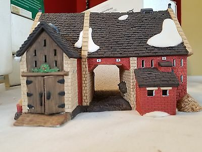 DEPT 56 BUTTER TUB BARN DICKENS Village  MINT CONDITION RETIRED 58338