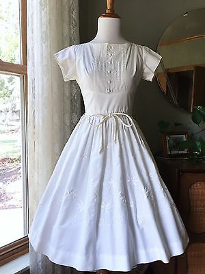50s Dress White Cotton Embroidered Flowers Wendy Woods 1950s Vintage Fit & Flare