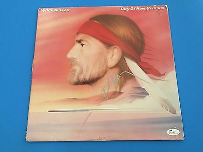 Willie Nelson Country Music Signed Auto Vinyl Record Album JSA Certified COA