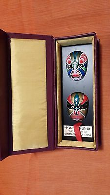 2 Facial Makeup Chinese Opera in Box Wall Plaque With Chinese Masks GUC