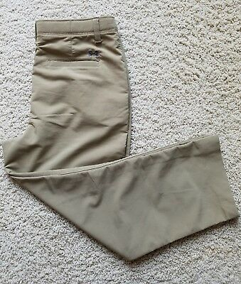 Boy's Under Armour Golf Pants Size XL Khaki Stretch Please see pictures