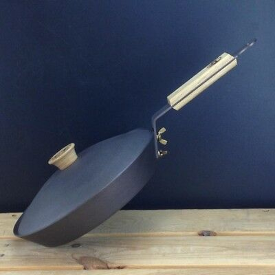 "Netherton Foundry 10"" (26cm) Spun Iron Glamping Pan with lid"