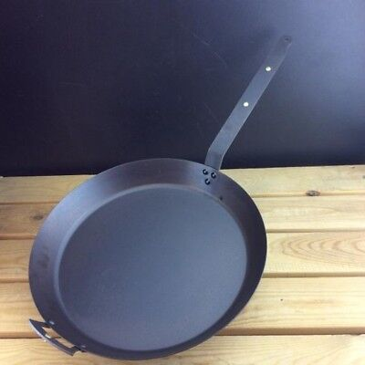 """Netherton Foundry 14"""" (36cm) Oven Safe Iron Frying Pan with front handle"""