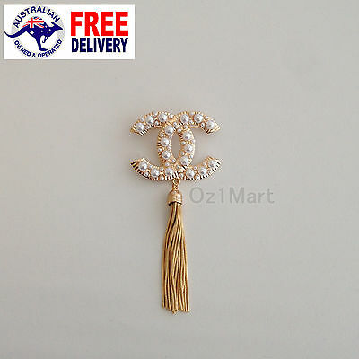 NEW Fashion BROOCH Gold Fringe Tassel Pearls Casual Office Pin Gift