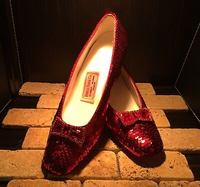 Replica of Judy Garland's Ruby Slippers From The Wizard of Oz Sz 6.5
