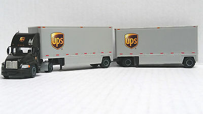 Tonkin Replicas 1/87 HO Mack Pinnacl Tractor Day Cab UPS w/ 28' Double Trailers