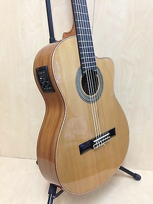 M Rosales Solid Top Electro-Classical Guitar w/Truss Rod+Free Gig Bag |HS10CEQN|
