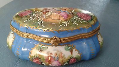 Magnificent Vintage French Sevres Hinged Porcelain Box