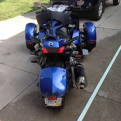 2010 Can-Am  2010 Can-am Spyder RS