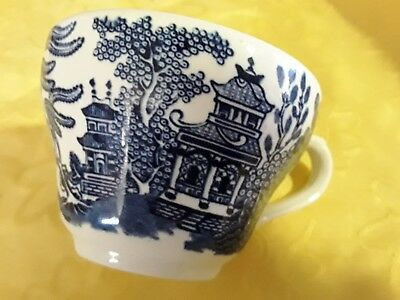 1 Churchill  Blue Willow Pattern Cup