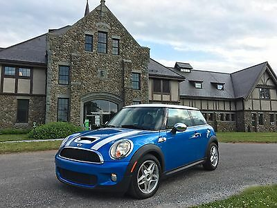 2010 Mini Cooper S S TURBO LOW MILES 99K STICKSHIFT 6 SPEED uper Charged Mini Cooper S Manual Trans. New Front Tires Factory Spec