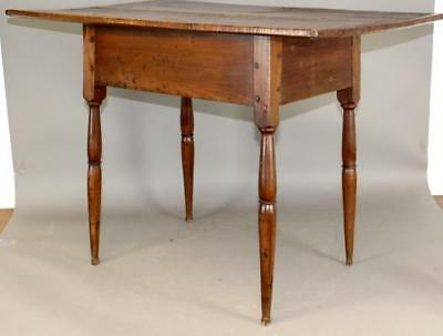 Very Rare 18Th C Queen Anne Button Foot Tavern Table Screaming Tiger Maple Top