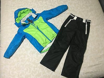Boys snow gear size 8 - Jacket, Pants and Snow boots