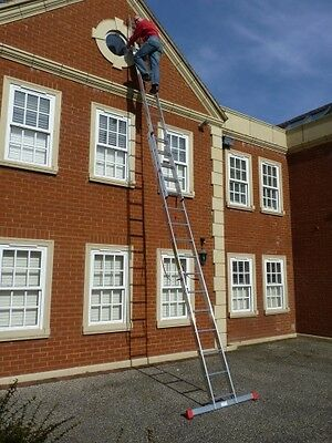2 Section EN131 Trade Master Extension Ladder Double Ladders FREE Stabiliser Bar