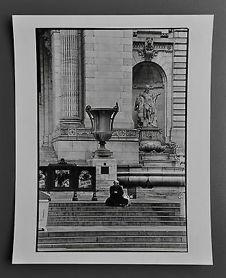Leon Supraner New York Vintage Silver Gelatin Photo 20x25 Library Man on chairs