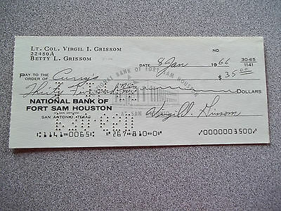 "Virgil "" Gus "" Grissom Signed check + Photo"