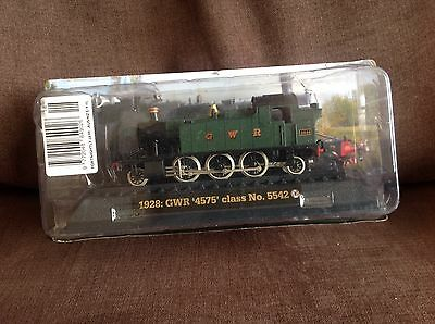 Model train collection 1928 GWR 4575 Class No 5542 on railway display stand