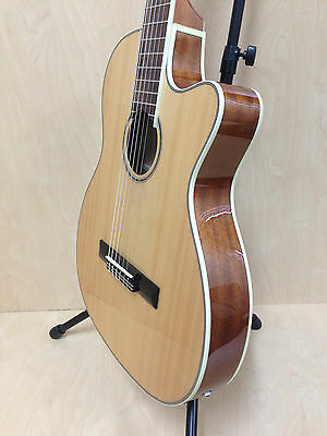 Caraya C-551BCEQ/N Thin-body Classical Guitar,Natural,Built-in EQ + Free Gig Bag
