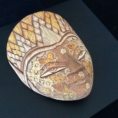 "7"" Indonesian hand carved & painted on cork yellow and gold"
