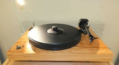 Pro-Ject 2-Xperience SB DC Turntable (Olive) - With Ortofon 2M Silver (B Grade)