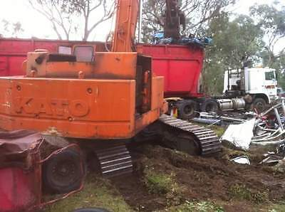 Kato 28T excavator with scrap grab HD250GL