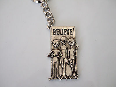 NEW ADORABLE ALIENS 'BELIEVE' HEAVY DUTY KEY CHAIN UFOs ROSWELL AREA 51 & BEYOND