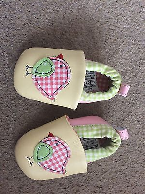 baby girls soft pram shoes 0-3 months from marks and spencer great condition