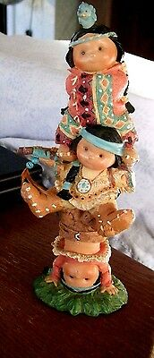 "3 Little Children Stacked ""brave Support"" 1995 Enesco Friends Of The Feather"