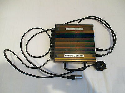 Sterling Elite XS Battery Charger