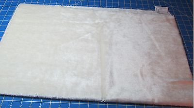 German Mohair 24 X 27 Inches – ¼ Pile – Off White – G48