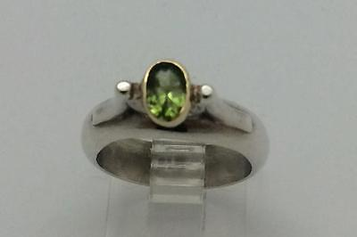 Vintage Sterling Silver Genuine Peridot Ring Gold Bezel Accent Size 6