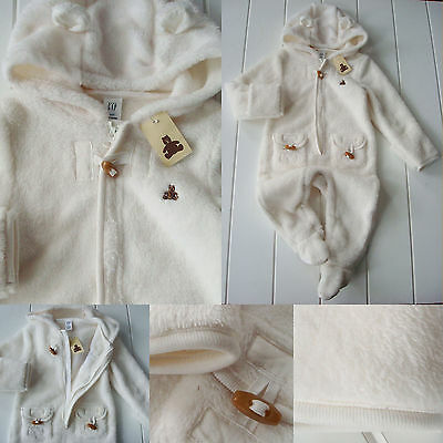 NWT Baby Gap 6 12 M ivory one piece hooded footie 1/2 zip outerwear Winter Fall