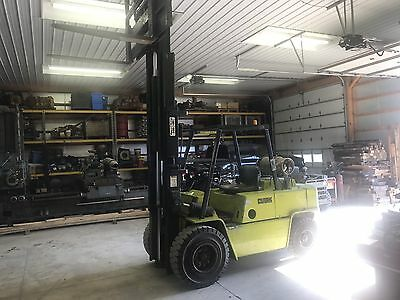 Clark Forklift 10,000 Lbs Capacity Side shift LP