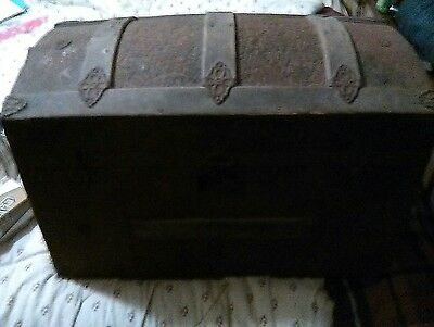 1800 century dome trunk