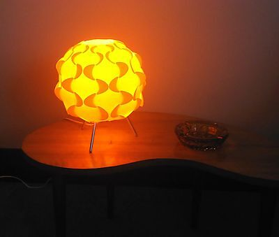 Very Nice Retro Atomic Table Lamp. **SALE** 33%OFF!!