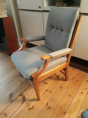 Mid-century vintage button back easy arm chair