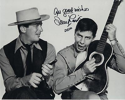 JERRY LEWIS autographed 8x10 photo      CLASSIC WESTERN POSE DEAN MARTIN