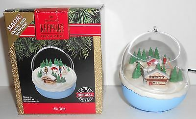 Hallmark Christmas Ornament SKI TRIP Light Motion Skiers and Lift 1991 QLX726-6