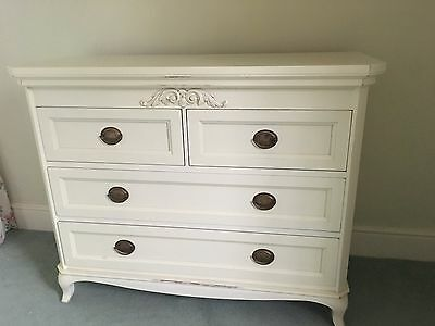 LAURA ASHLEY Lille Large Chest of Drawers