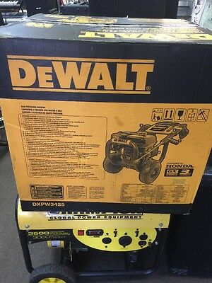 BRAND NEW SEALED!! DeWalt Gas Pressure Washer 3400 PSI 2.5 GPM DXPW3425 Honda